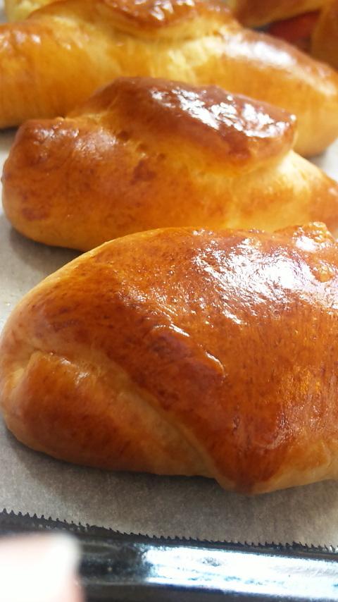 簡単★ふわふわパン★バターロール♪