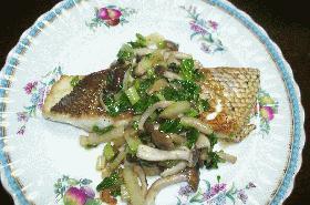 鯛のムニエル野菜たっぷりソースかけ
