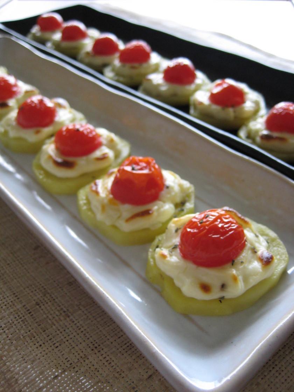 ミニトマトとチーズのポテト焼き