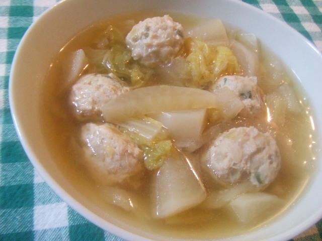 温まる~~白菜と鶏団子の中華スープ☆