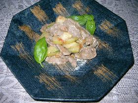 ズッキーニと牛肉のトマト煮込み