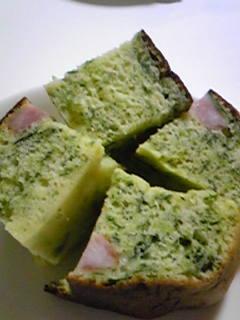 炊飯器で☆ほうれん草とウィンナーのパン