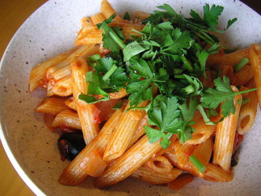 簡単★炊飯器でトマトソースパスタ