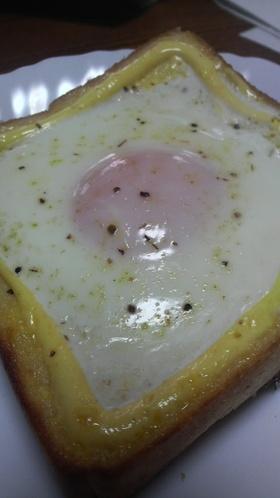 卵がとろ~りな超簡単朝食パン