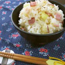 海苔 と ベーコン の 炊き込み ご飯