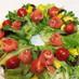 バラの花サーモンのリースサラダ