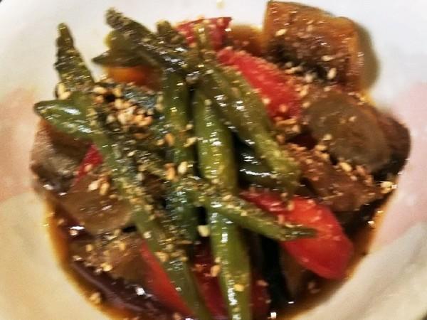 簡単副菜!金時人参と牛蒡のきんぴら風煮物