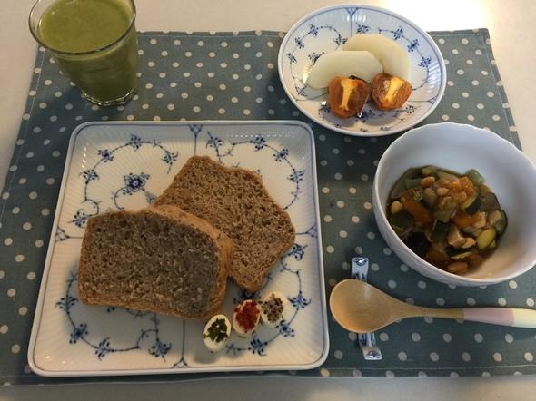 栗の渋皮煮とシロップパンの朝ご飯♡