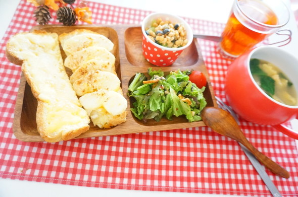 メロンパン×アップルパイ風トースト