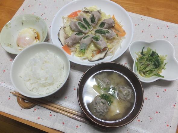 温野菜とつみれ味噌汁で晩ごはん