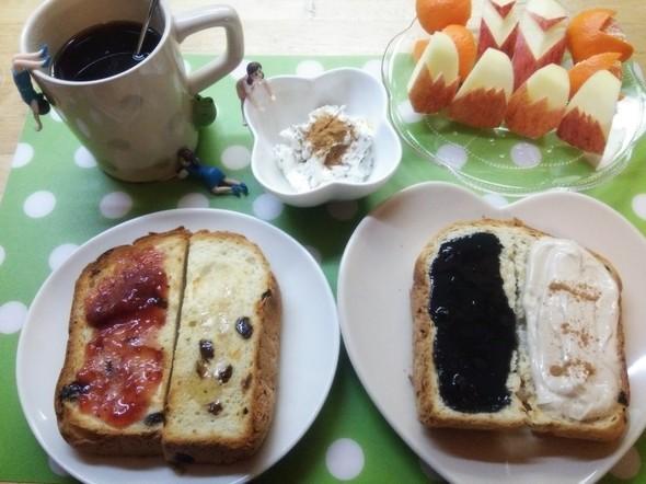 *美味しいトーストで朝食*