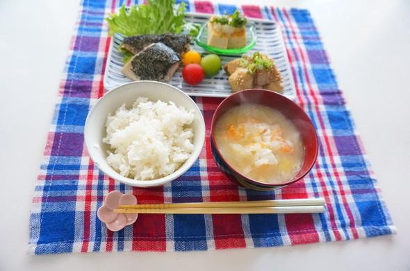 鯖の胡麻焼き×里芋と豚肉のオイマヨ炒め