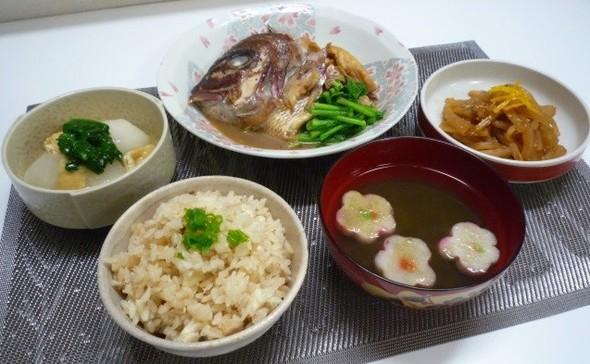 おめでとう鯛で祝い飯(゜))<<