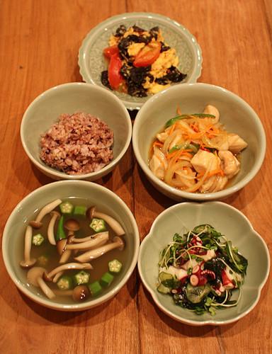 夏野菜と低カロリー蛋白質でヘルシー献立