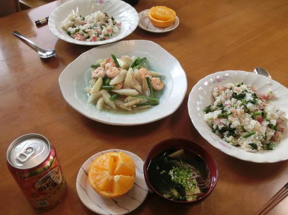 ガーリックライスのお昼ご飯