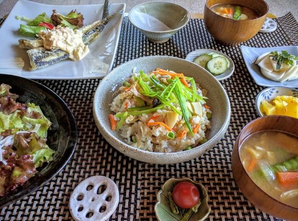 アサリと筍の炊き込みご飯と飛魚