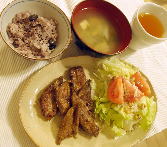 豚レバーのカレー揚げ&胡桃サラダで晩ご飯