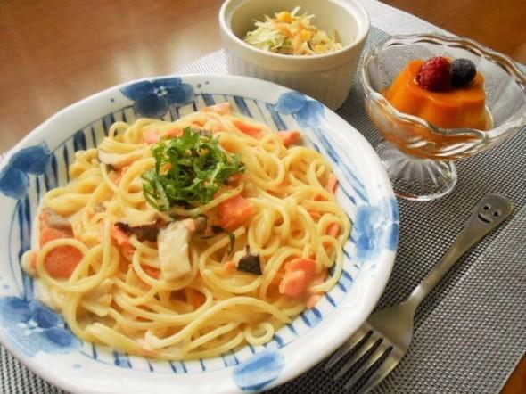 ☆鮭ときのこのクリームパスタの朝ごはん☆