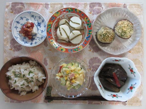 かにめしと茄子の甘辛煮の朝御飯