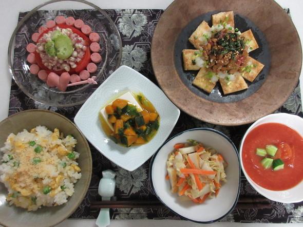 豆ご飯チャーハンとキュートな空豆サラダ
