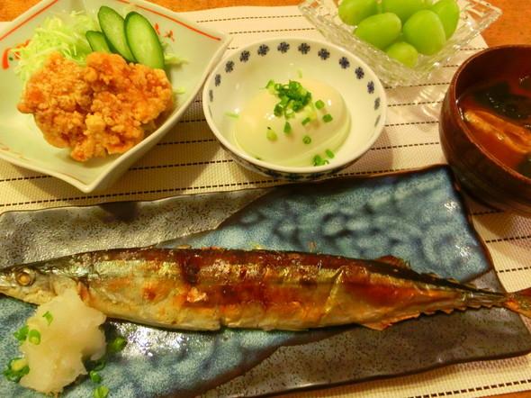 秋刀魚と唐揚げの献立(゜))<<