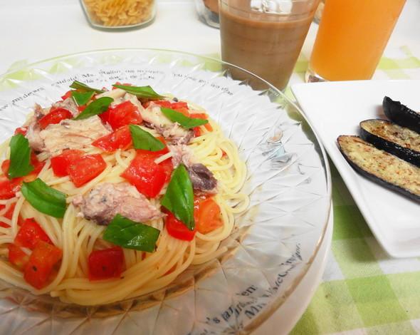 ランチ*鯖缶とトマトの冷製パスタ×プリン