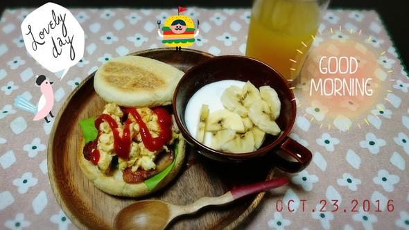 イングリッシュマフィンの朝食☆