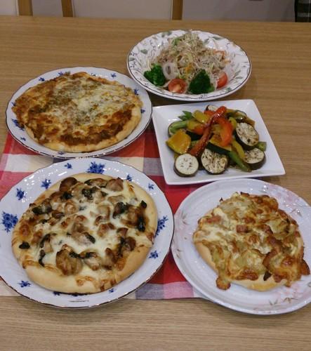 夕食 我が家の定番ピザ