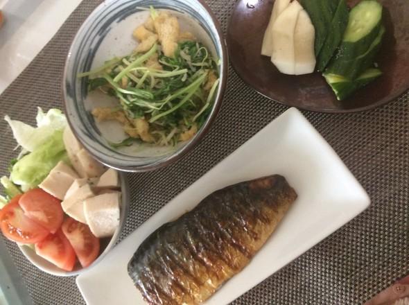 今日の夕ご飯〜塩サバと水菜油揚げ炒め