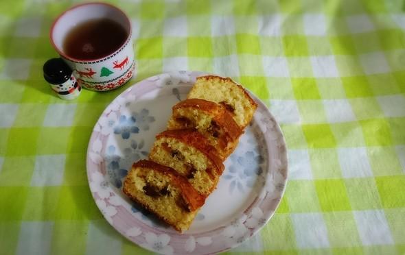自家製干し柿をパウンドケーキにin!