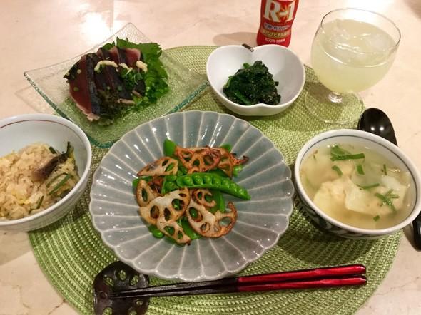 鰹のたたき、ワンタンスープ、冬野菜色々