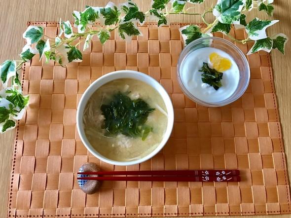 玄米ご飯入りすいとん味噌汁で朝ごはん