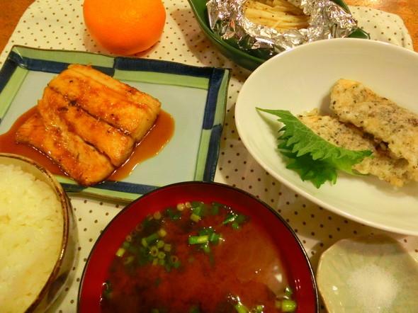 胡麻入り鶏天と鰆の生姜焼き