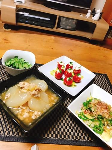 野菜をいっぱい食べる夕食