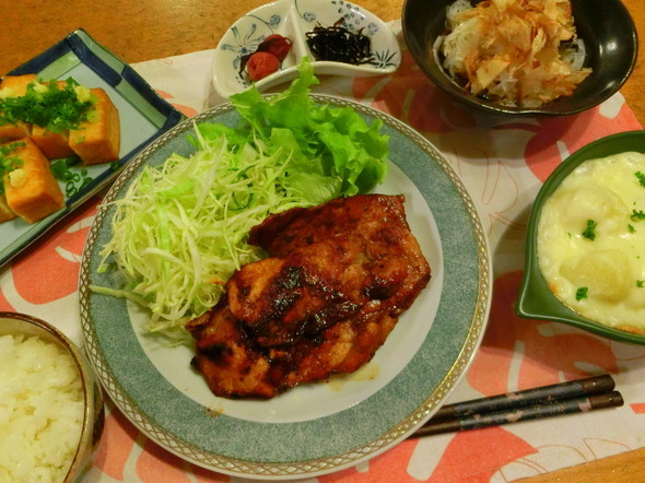 豚の生姜焼き(焼きすぎちゃってゴメンね)