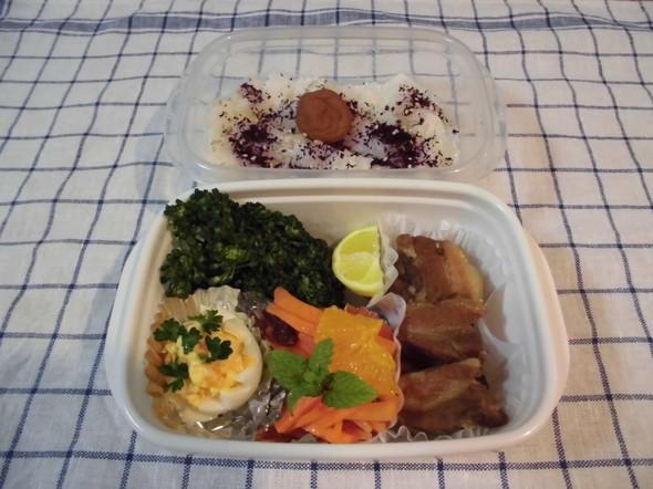 4.24 豚の角煮と人参とオレンジのラペ