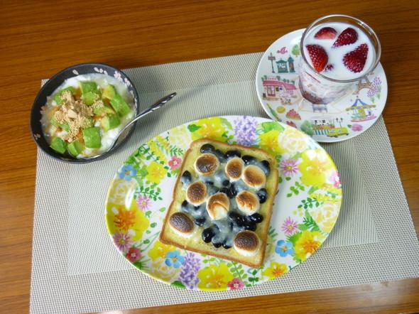 黒豆の甘煮★マシュマロチーズトースト朝食