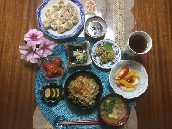 ☆極旨炊き込みご飯で晩ご飯☆