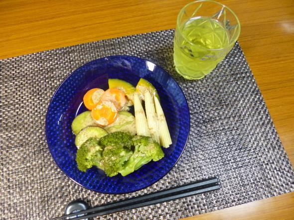 ダイエット温野菜サラダの軽い夕食
