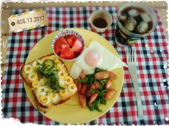 お腹が空いた!大満足ボリューム朝食♬