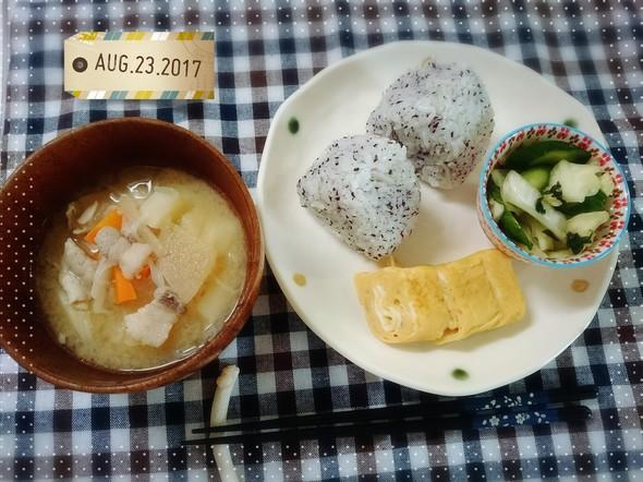 久々に和食の朝食♬