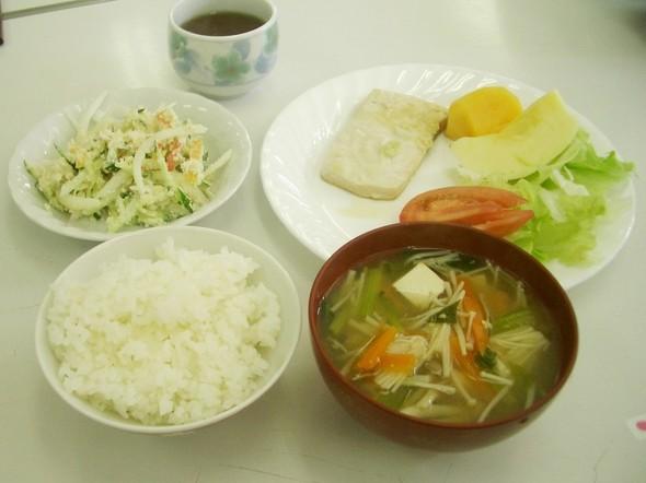 メカジキの味噌ヨーグルト焼きの定食