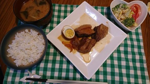 豚の角煮と夕食♪
