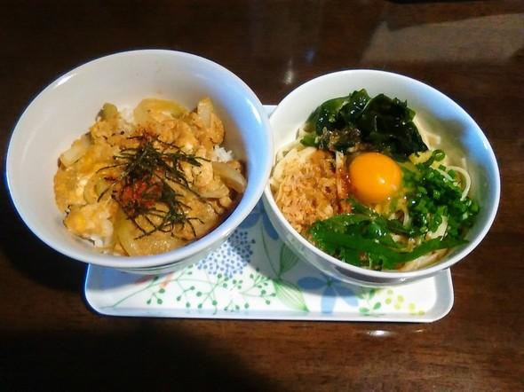 ガッツリ玉子丼と讃岐うどんでランチ♬
