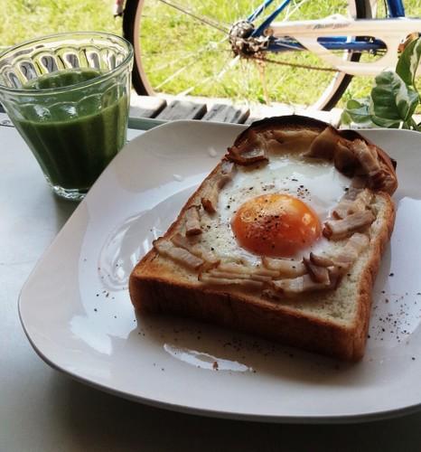 カルボナーラトーストで休日素敵朝ごはん♬
