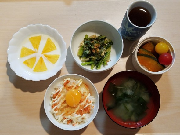 鮭フレーク卵かけご飯♡究極アレンジ♡朝食
