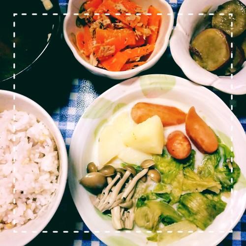 レタスのミルク煮、人参サラダ、甘露煮