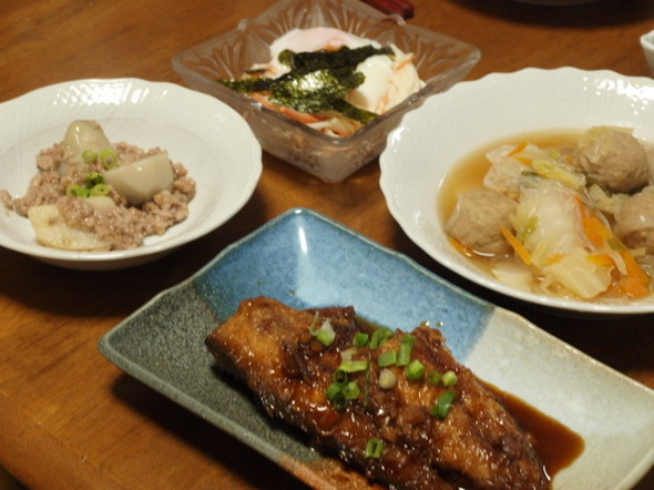 サバにんにく煮で晩ご飯(11/29)
