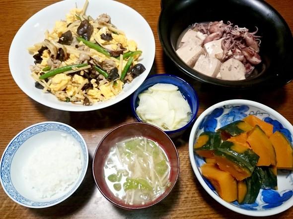 王将風ムーシーロー・ヒイカと豆腐の煮物