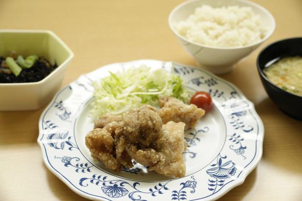 鶏肉の山椒唐揚げ定食